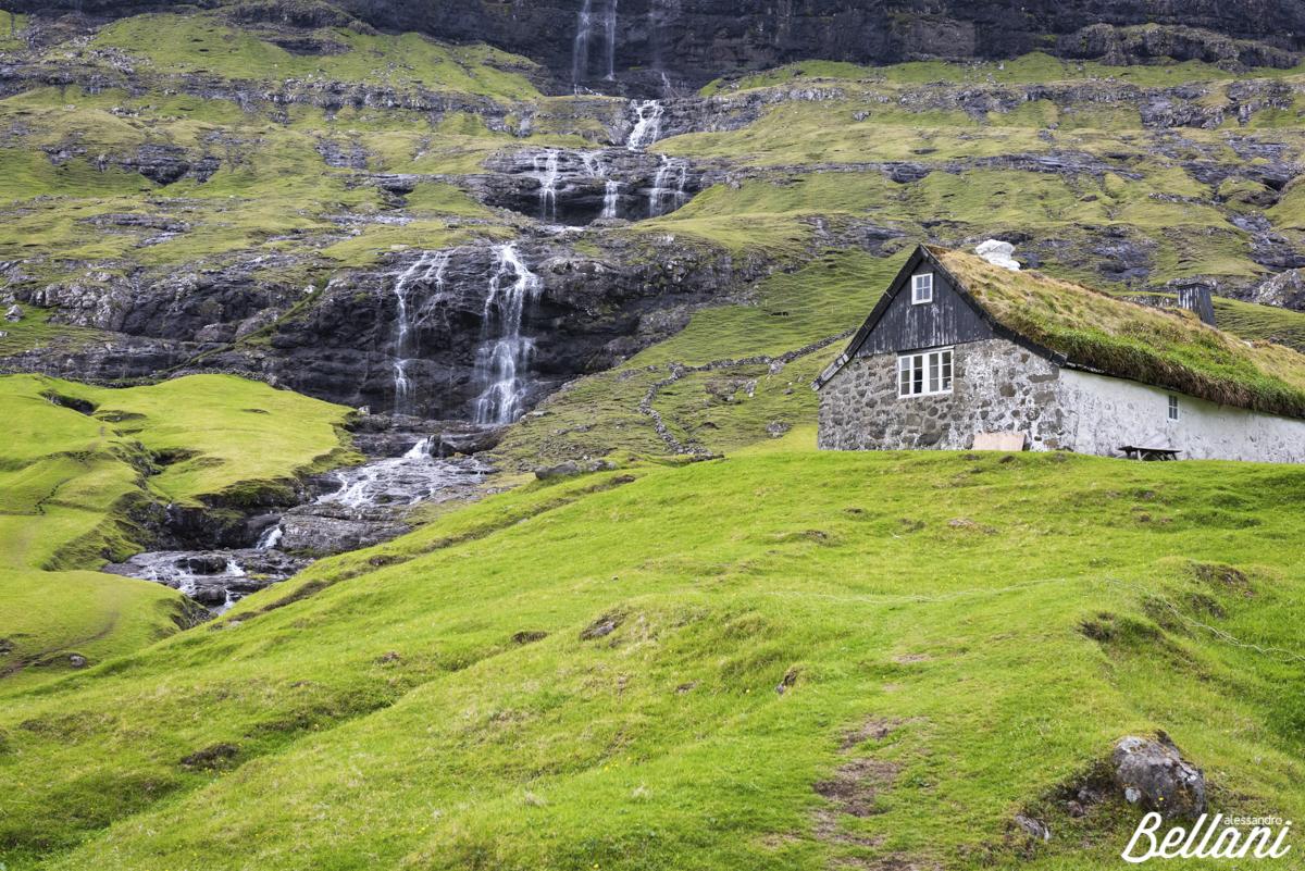 Little waterfall in Saksun FAROE ISLANDS