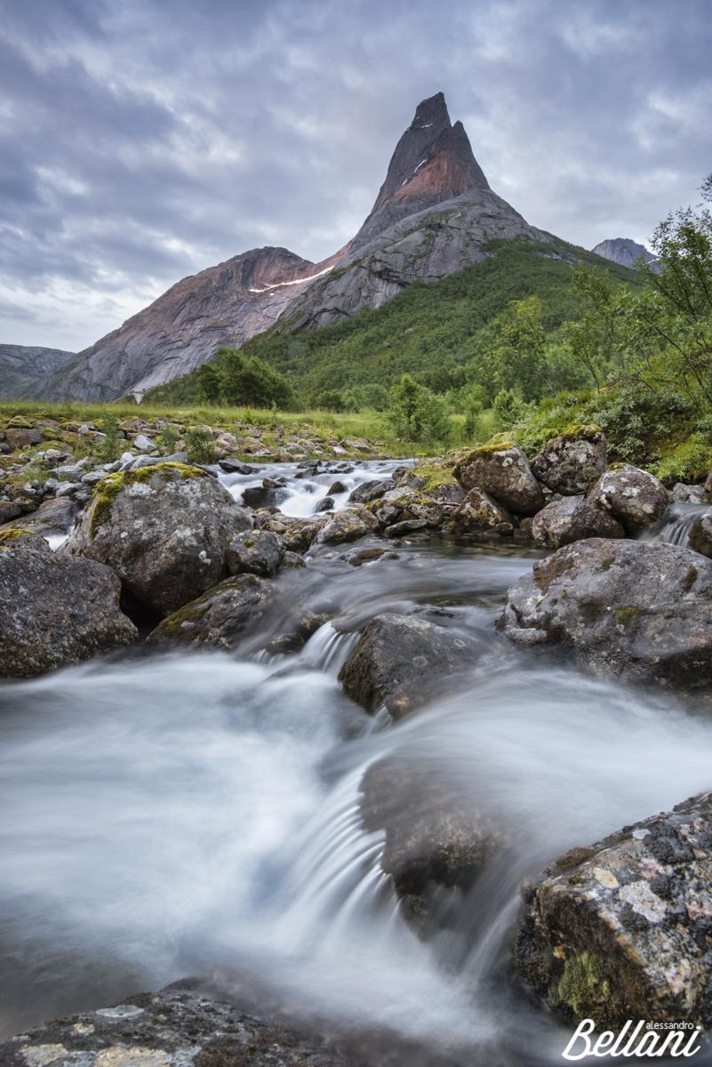 Stetinden mountain the simbol of NORWAY